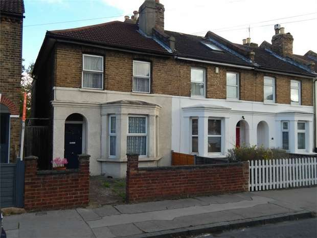 3 Bedrooms End Of Terrace House for sale in Wordsworth Road, Penge, London