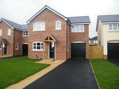 4 Bedrooms Detached House for sale in Trinity Fields, Rookery Rise, Winsford