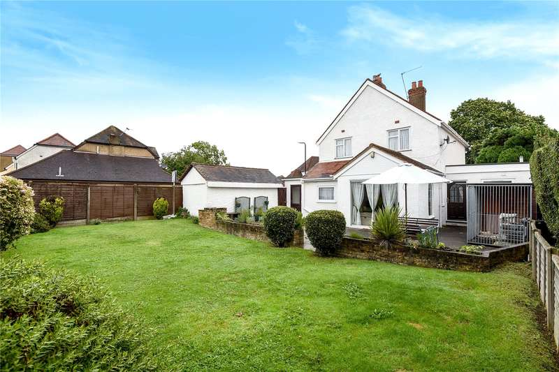 4 Bedrooms Detached House for sale in Burnham Lane, Burnham, Buckinghamshire, SL1