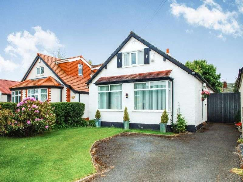 3 Bedrooms Detached Bungalow for sale in Deansgate Lane North, Formby, Liverpool, L37