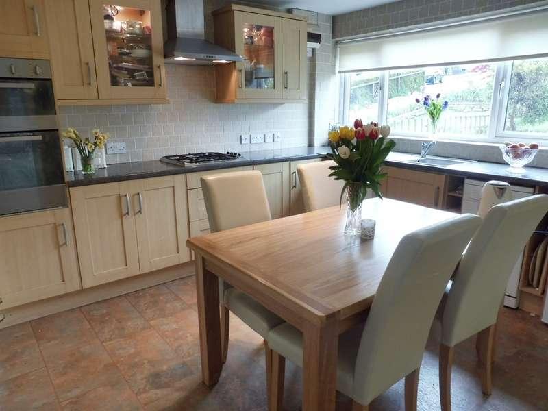 3 Bedrooms Terraced House for sale in Uplands Crescent, Llandough, Penarth