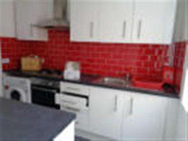 9 Bedrooms Terraced House for rent in Saxby Street, LEICESTER