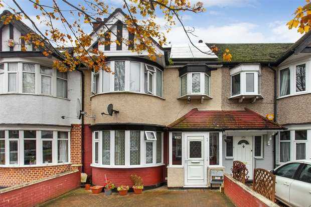 3 Bedrooms Terraced House for sale in Victoria Road, Ruislip, Greater London