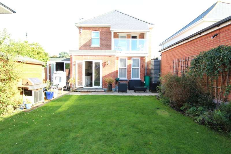 4 Bedrooms Semi Detached House for sale in WALKFORD