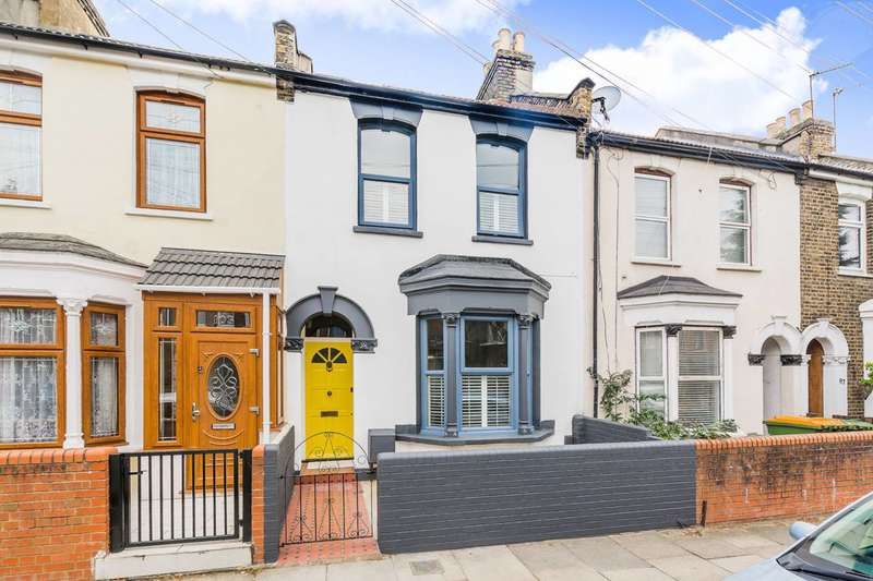 3 Bedrooms Terraced House for sale in Caistor Park Road, Stratford, E15