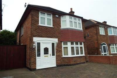 3 Bedrooms House for rent in Heckington Drive, Wollaton