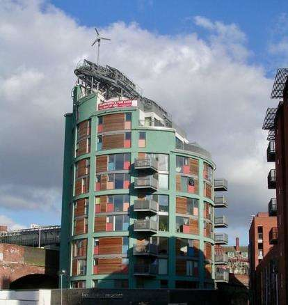 2 Bedrooms Flat for sale in The Green Building, 19 New Wakefield Street, Manchester, Greater Manchester