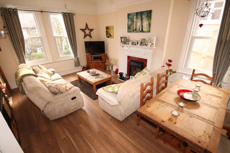 2 Bedrooms Apartment Flat for sale in Kimbolton Road, Bedford, MK40
