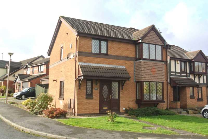 3 Bedrooms Detached House for sale in Belverdale Gardens, Blackpool, FY4 5NA