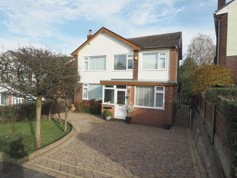 4 Bedrooms Detached House for sale in Dystelegh Road, Disley, Stockport, Cheshire, SK12 2BQ