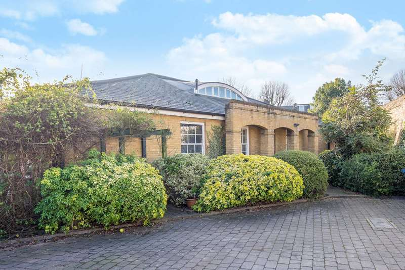 3 Bedrooms House for sale in Jameson Close, Acton, W3