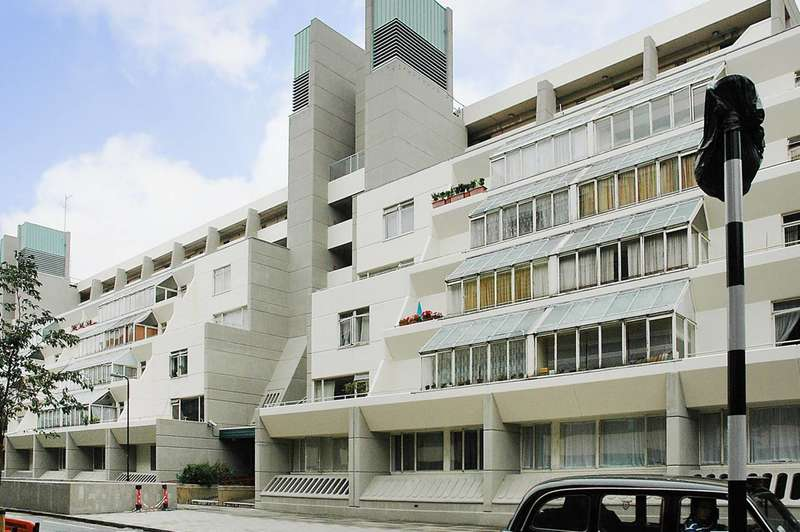 2 Bedrooms Flat for rent in Brunswick Centre, Bloomsbury, WC1N