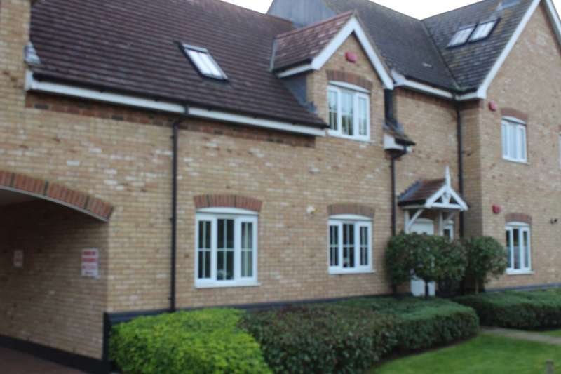 2 Bedrooms Apartment Flat for rent in Flax Close, Oakley