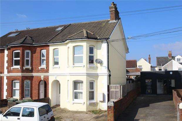 1 Bedroom Flat for sale in Holden Park Road, Tunbridge Wells, Kent, TN4 0ER