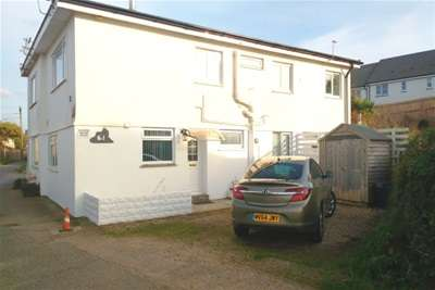 2 Bedrooms Flat for rent in Marina Court, Portreath