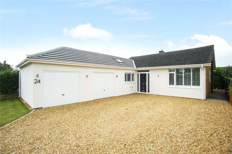 3 Bedrooms Detached Bungalow for sale in Walton Avenue, Twyford, Oxfordshire, OX17
