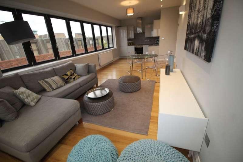 2 Bedrooms Flat for sale in Market Place, Bexleyheath, DA6