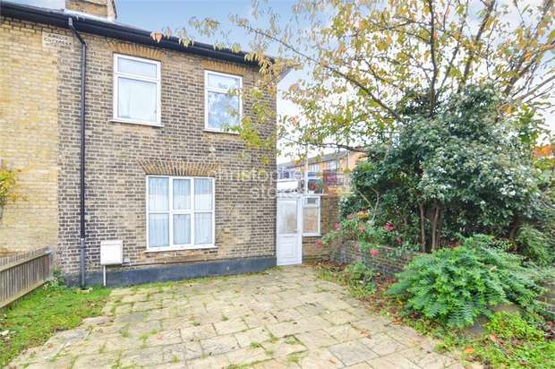 2 Bedrooms Semi Detached House for sale in Hertford Road, ENFIELD, Greater London