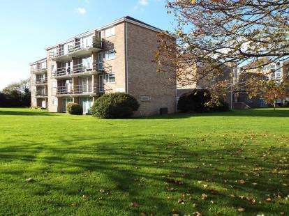 1 Bedroom Flat for sale in Tower Close, Gosport, Hampshire