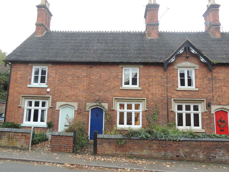2 Bedrooms Terraced House for sale in High Street, Hampton-In-Arden, Solihull