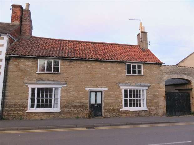 3 Bedrooms Link Detached House for sale in High Street, Market Deeping, Peterborough, Lincolnshire