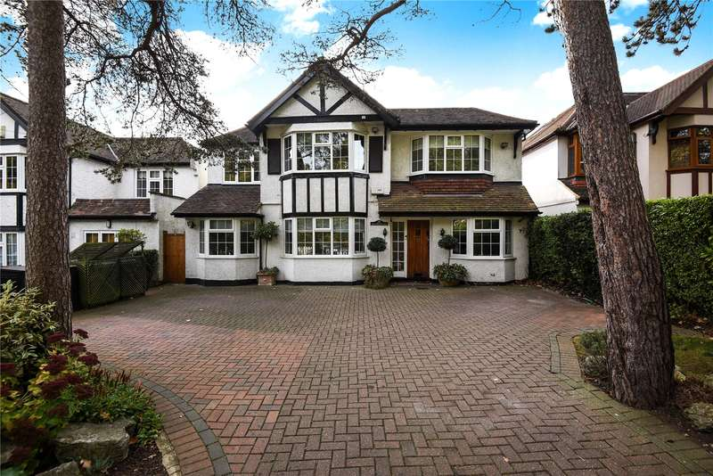 6 Bedrooms Detached House for sale in Clamp Hill, Stanmore, Middlesex, HA7
