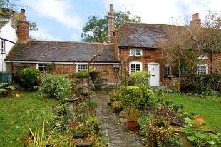 2 Bedrooms Cottage House for sale in Littleworth Lane, Partridge Green, West Sussex