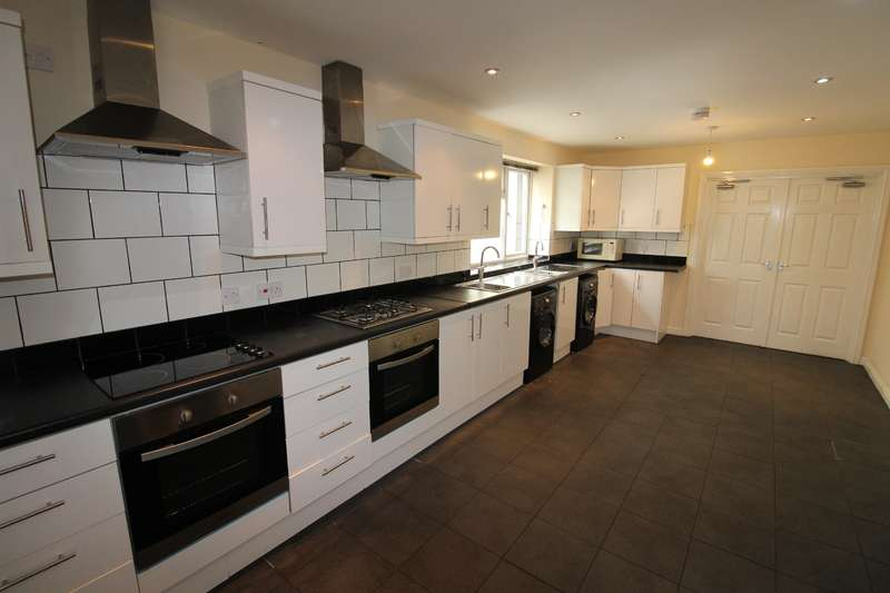 8 Bedrooms House for rent in Richmond Road, Roath, Cardiff