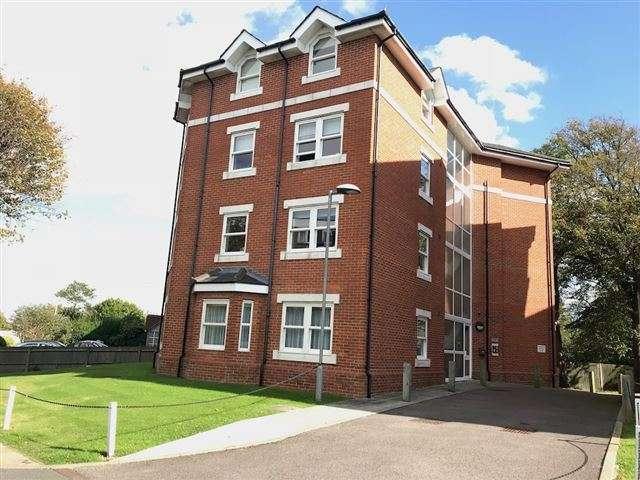 2 Bedrooms Apartment Flat for sale in Preston Court, 30 Upper Avenue, Eastbourne, East Sussex, BN21 3ZE