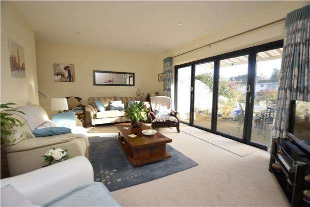 3 Bedrooms End Of Terrace House for sale in Church Road, Wheatley, OXFORD, OX33 1LU