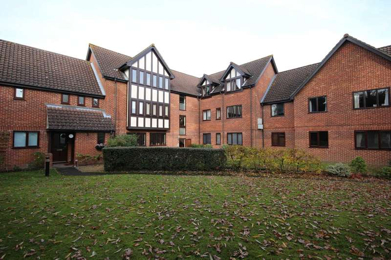 2 Bedrooms Apartment Flat for sale in Wyvern Close, Bracknell