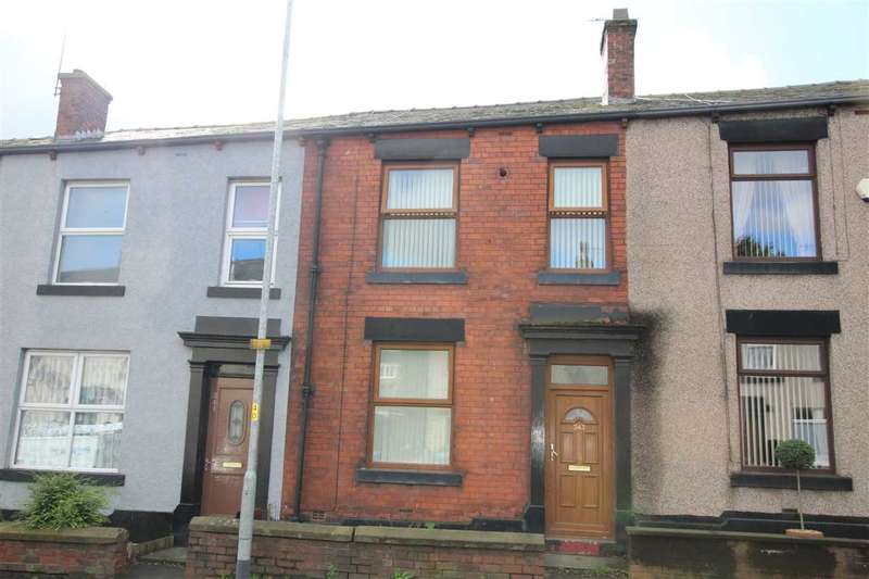 3 Bedrooms Terraced House for sale in Edenfield Road, Rochdale