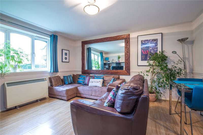 2 Bedrooms Apartment Flat for sale in Blackdown Close, East Finchley, London, N2