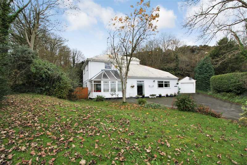 4 Bedrooms Detached House for sale in Chwarel Plas, Llangefni