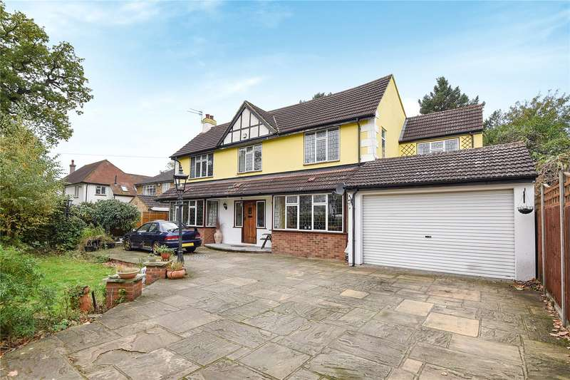 5 Bedrooms Detached House for sale in Court Road, Ickenham, Middlesex, UB10