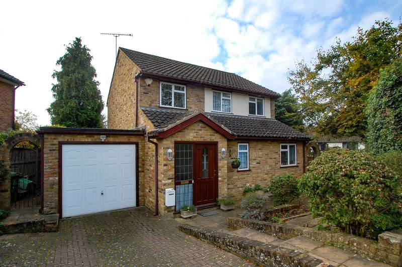 3 Bedrooms House for sale in Elderfield Road, Stoke Poges, SL2