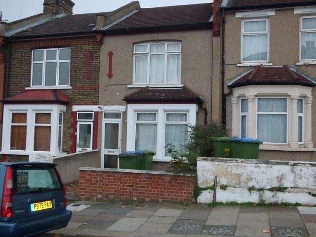 2 Bedrooms House for rent in 2 bedroom Terraced House in Abbey Wood