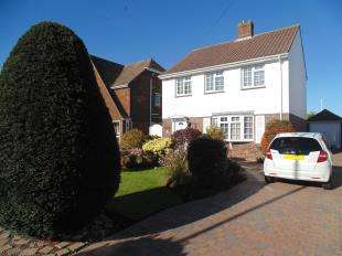 3 Bedrooms Detached House for sale in Chesswood Road, Worthing, West Sussex
