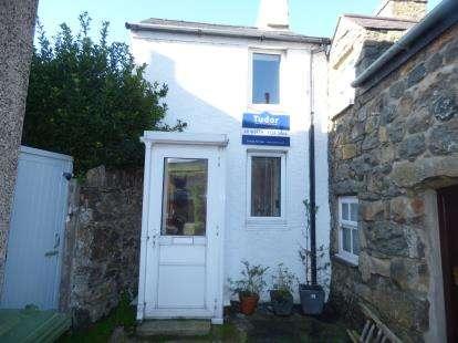 1 Bedroom Terraced House for sale in Stryd Y Fynnon, Nefyn, Pwllheli, Gwynedd, LL53