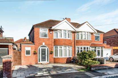 3 Bedrooms Semi Detached House for sale in Abingdon Road, Urmston, Manchester, Greater Manchester