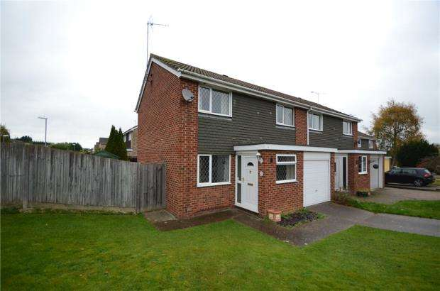 3 Bedrooms Semi Detached House for sale in Bowyer Crescent, Wokingham, Berkshire