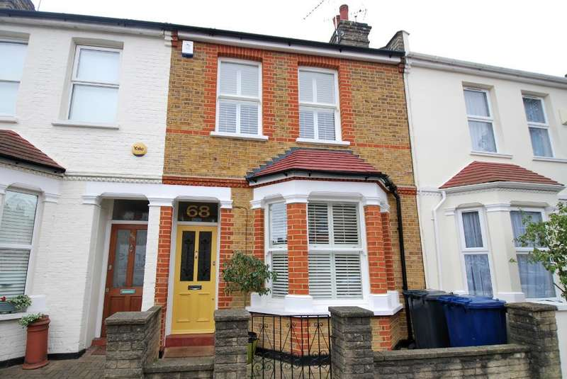 3 Bedrooms Terraced House for sale in Hessel Road, Ealing, London, W13 9ET