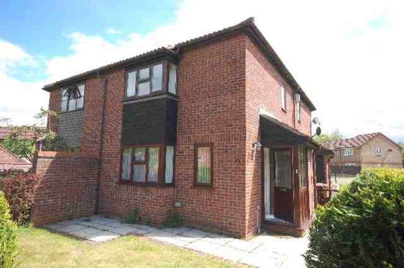 1 Bedroom End Of Terrace House for rent in Berkeley Close, Abbots Langley