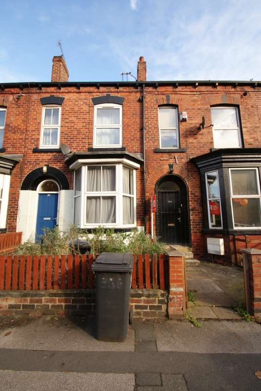 7 Bedrooms Terraced House for rent in Meanwood Road, Meanwood, Leeds