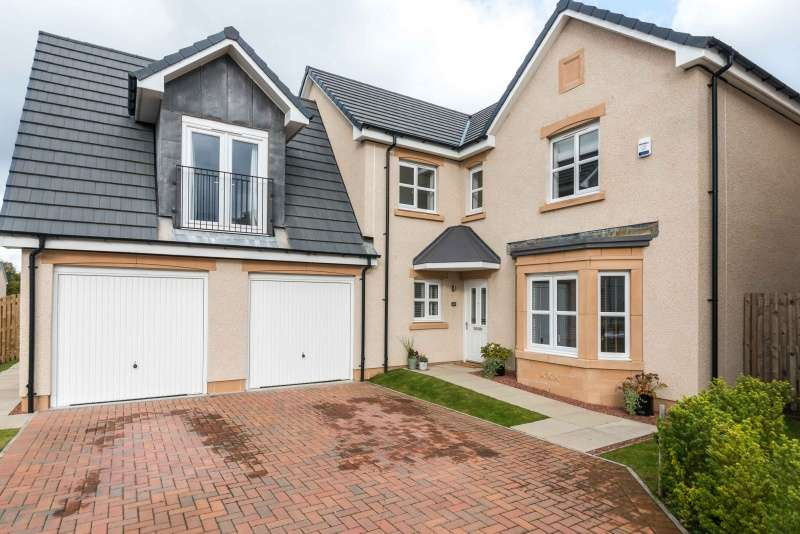 4 Bedrooms Detached House for sale in Kinlouch Crescent, Rosewell, Midlothian, EH24 9BY