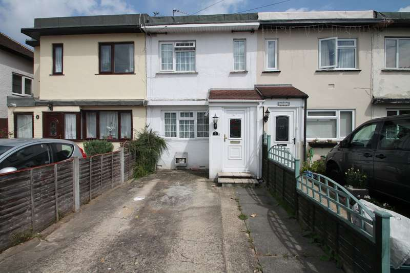 2 Bedrooms Terraced House for sale in The Drive, Feltham, TW14