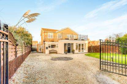 4 Bedrooms Detached House for sale in Chapel Street, Bishops Itchington, Warwickshire, England