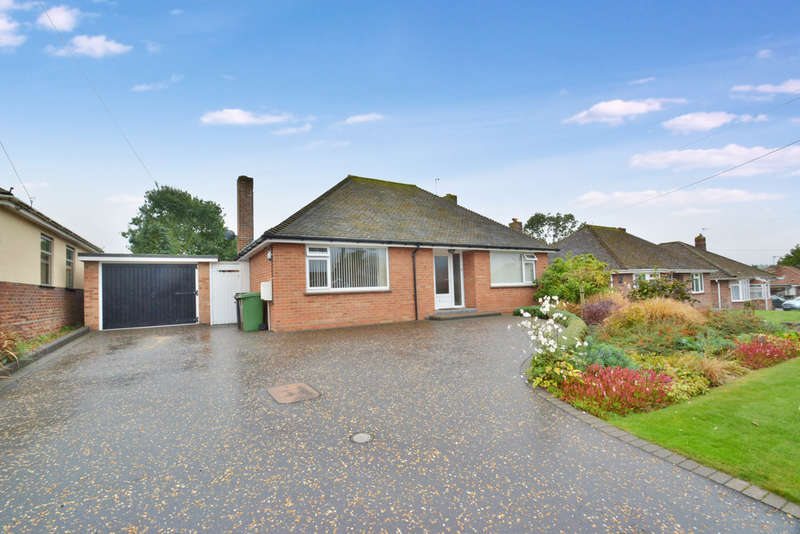 2 Bedrooms Detached Bungalow for sale in Pemberton Road, Harleston