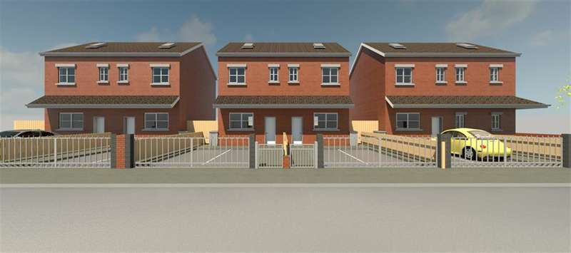 4 Bedrooms Semi Detached House for sale in Thompson Street, Manchester, M40 2DL