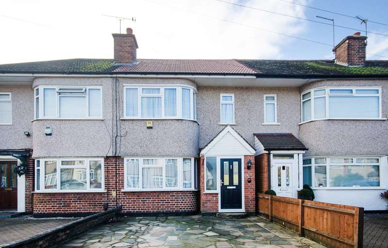2 Bedrooms Terraced House for sale in Tiptree Road, Ruislip, HA4